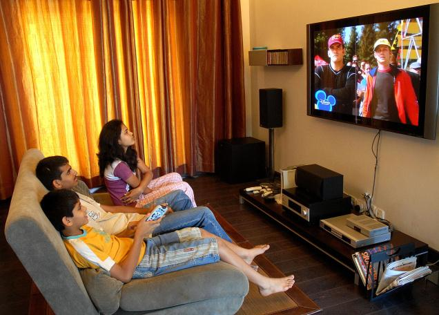 Children and TV: Limiting your child's screen time