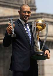 10 Lessons from Dhoni`s Leadership